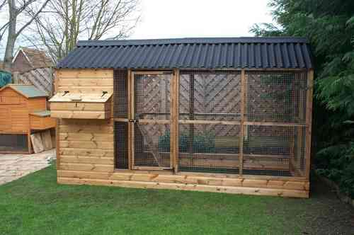 Powys Chicken Coop with Covered Run